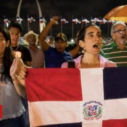 Impeach Dominican Republic poll halted after electronic glitch
