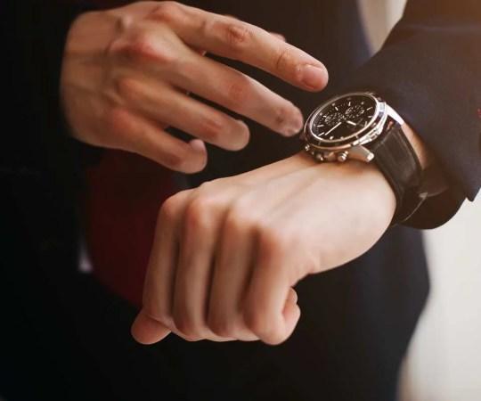 Nowoczesne zegarki męskie – jaki model wybrać?