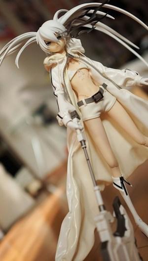 Black Rock Shooter ~ White Ver. ~ 1/6 Complete Figure