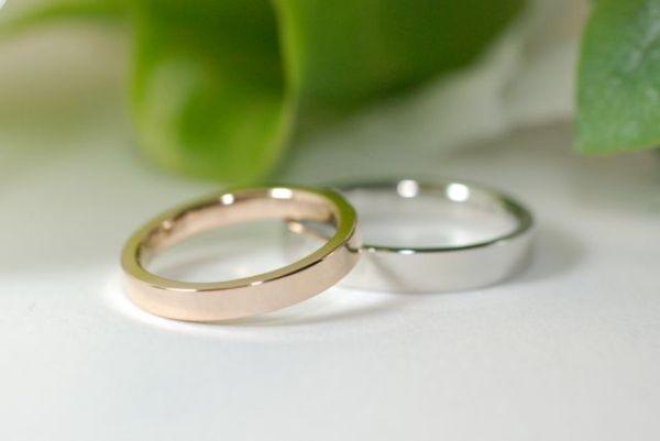 平打ちのシンプルな結婚指輪18金とプラチナ