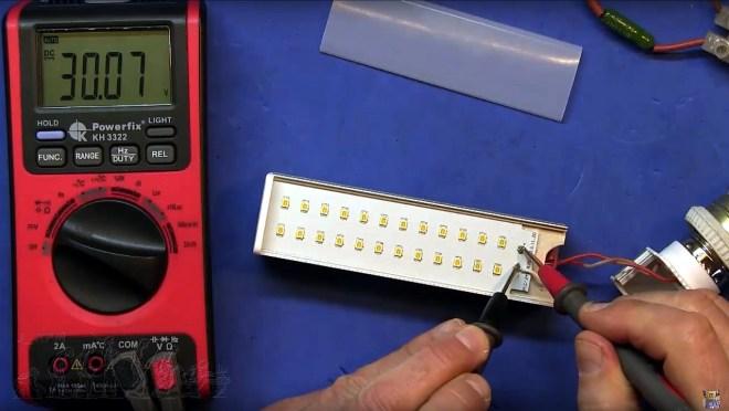 Tensión LED
