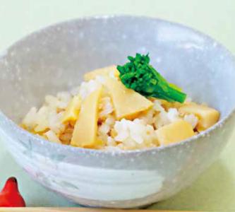 おいしいタケノコご飯の画像
