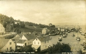 A panorama of Våge, the commercial centre of Tysnes, in 1925. The majority of sailors were from Våge, Lunde amd Reksteren.
