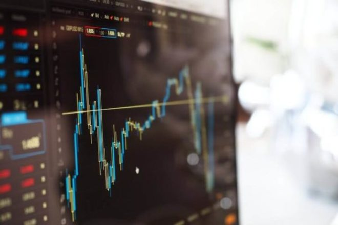 Stock Market for Beginners: Should I Invest in the Stock Market?