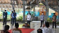 Gubernur Jawa Barat Ridwan Kamil saat dampingi Wakil Presiden Ma'ruf Amin dan Menteri Pendidikan dan Kebudayaan Nadiem Makarim
