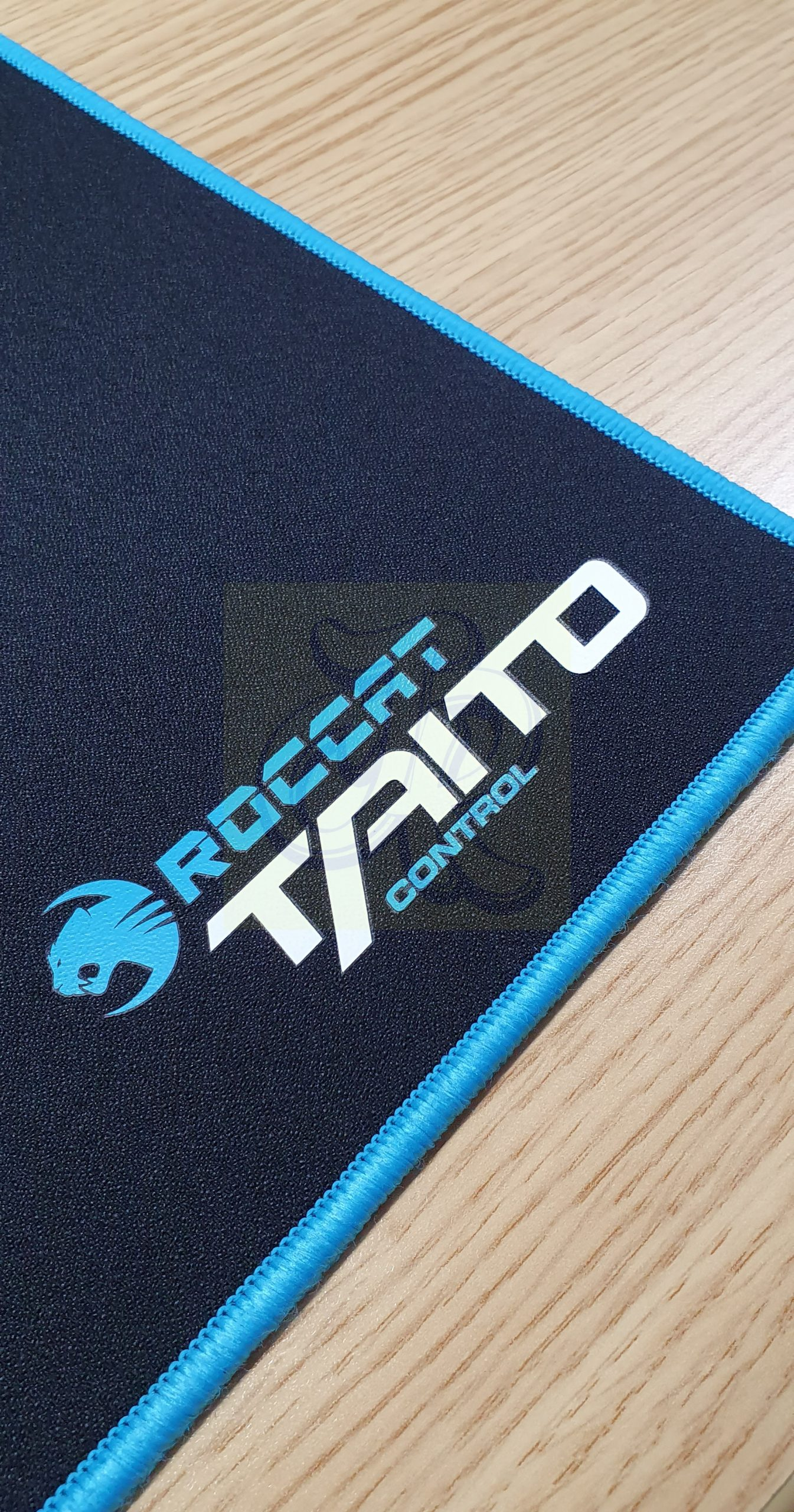 ROCCAT Taito Control XXL-Wide Gaming Mousepad