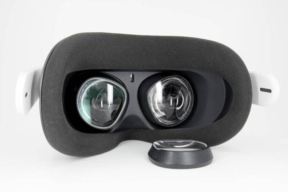 Oculus Quest 2 Prescription Lens Adapter from VR Optician Review