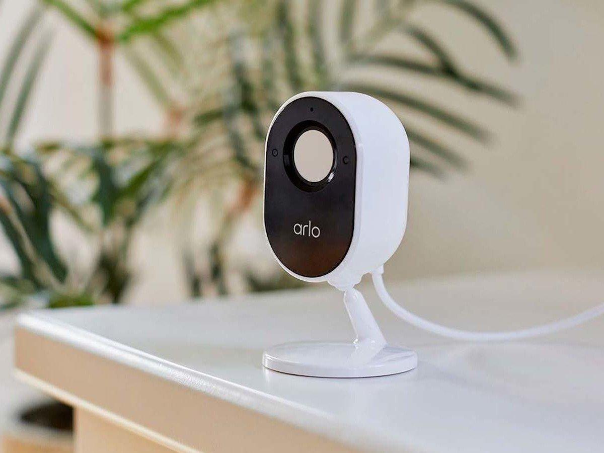 Arlo Essential Indoor Camera Review