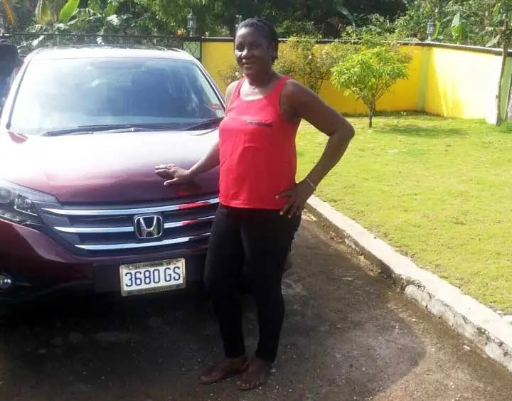 Usain buys car suv for his mom