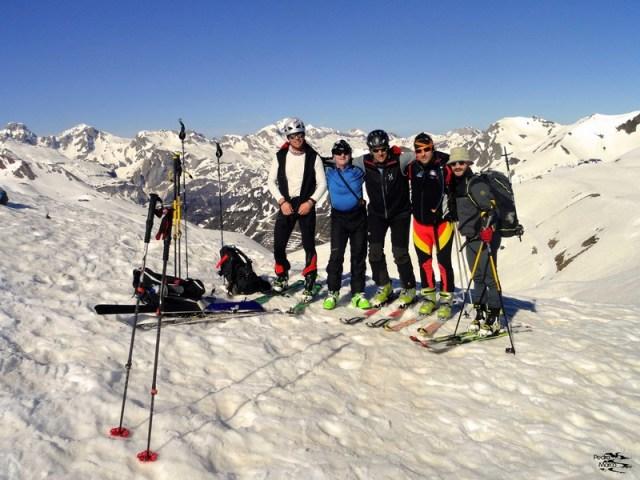 De izquierda a derecha, Ciano, Benito, Pedro, Gabi y Juan