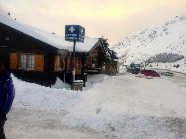 Así estaba el parking de Astún a nuestra llegada