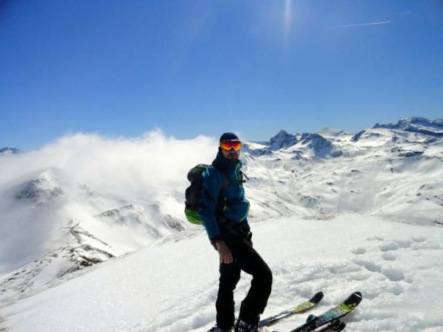 Oscar llegando a la cima del Blonseiche