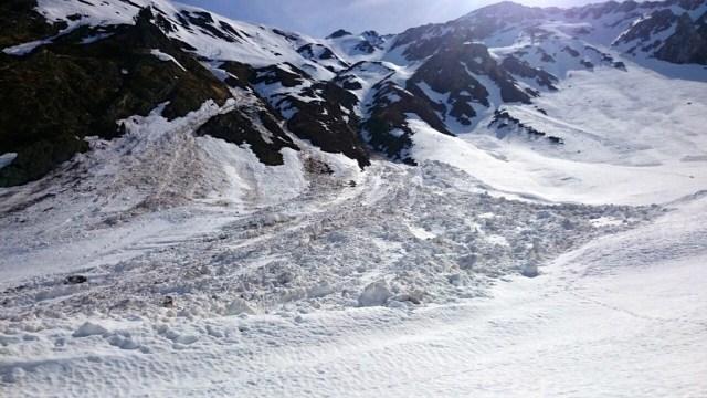Alud caído desde la zona del pico Arnousse