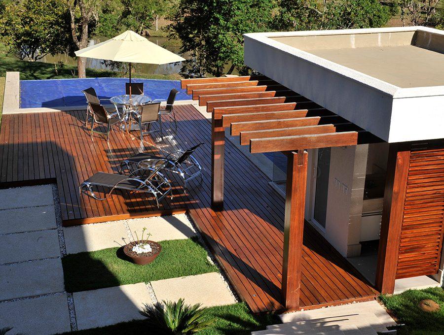 Deck-+-Pergolado-Ipê-Arq.-Simone-Moura-Julho-2012-(27)