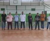 Prefeito Raimundo Batista Santiago visitou obras em andamento na cidade e recebeu a quadra poliesportiva Profª Ludeilson de Souza Baia