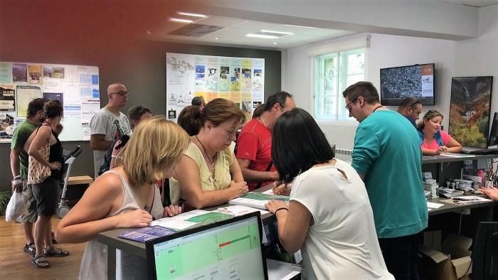 VISITAS DE CANFRANC. Oficina de Turismo. (Imagen de archivo)