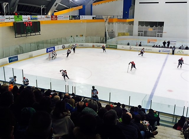hockey semi