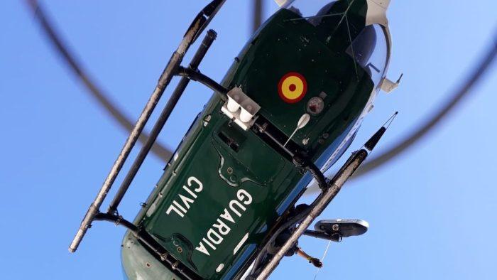 Hallado en el Pirineo francés el cuerpo sin vida del montañero desaparecido en Sallent de Gállego. En la imagen, de archivo, un helicóptero de la Unidad Aérea de la Guardia Civil, que también participó en la búsqueda. (FOTO: Guardia Civil)