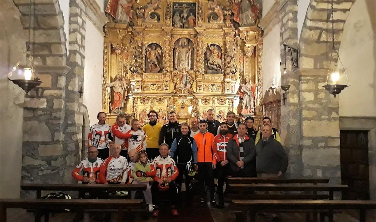 El Belén Ciclista de Mayencos ya luce en la iglesia de Ulle