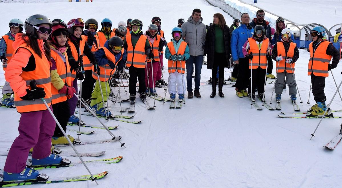 De las aulas al medio natural: 3.200 escolares disfrutarán de la nieve con la DPH
