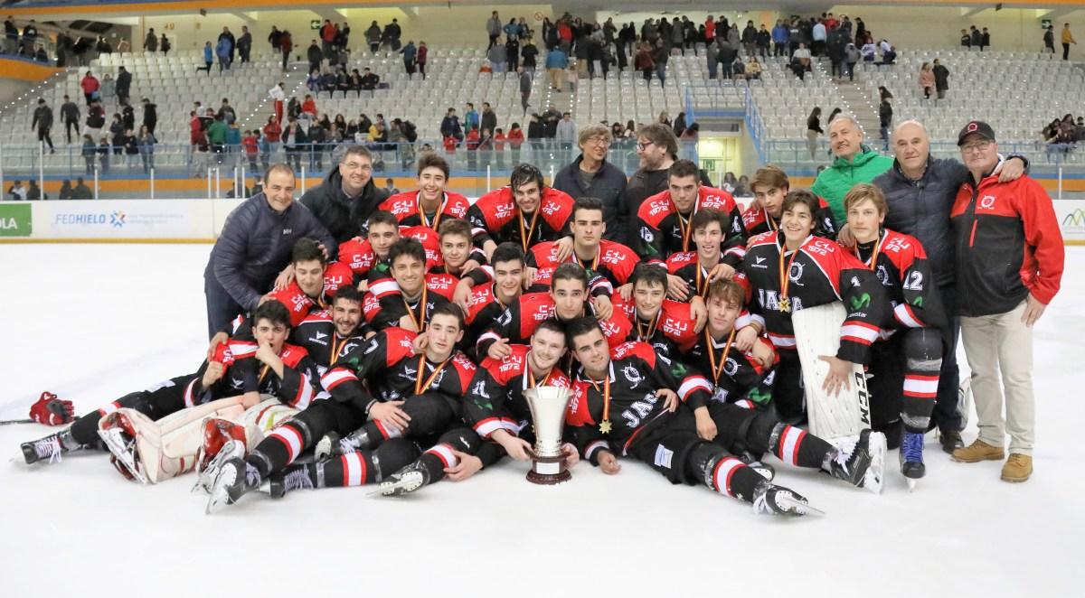 El CHJ, Campeón de Liga Junior de Hockey Hielo tras vencer al Txuri Urdin (5-4)