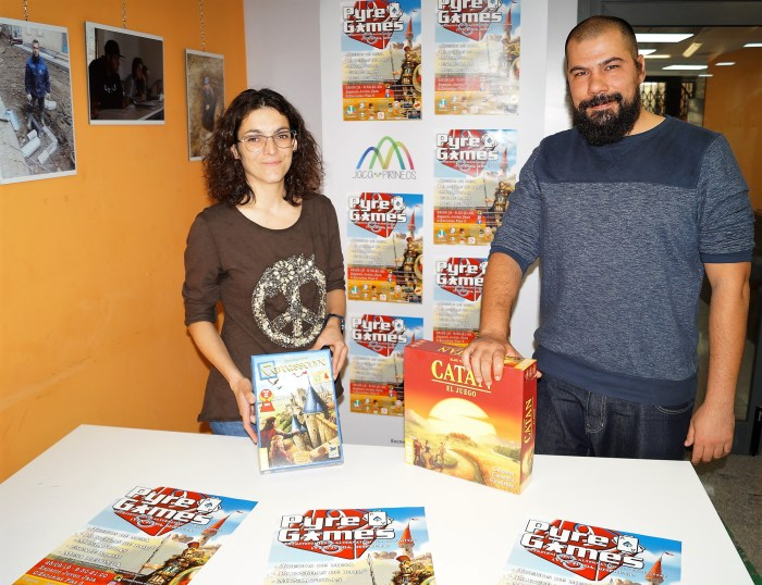 PYRE GAMES. Laura Climente y Germán Puértolas, durante la presentación. (FOTO: Rebeca Ruiz)