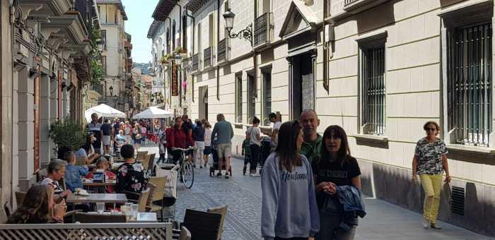 PRESUPUESTOS PARTICIPATIVOS. Los ciudadanos pueden presentar propuestas para realizar inversiones en Jaca hasta el 3 de noviembre. (FOTO: Rebeca Ruiz)