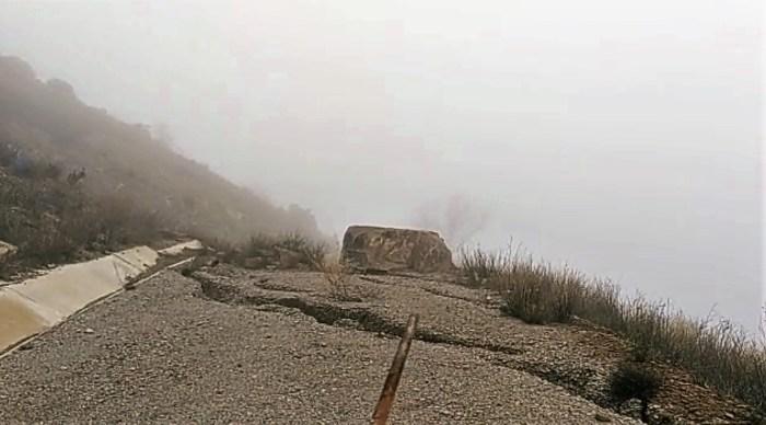 YESA. Grietas en las ladera. Diciembre de 2019.