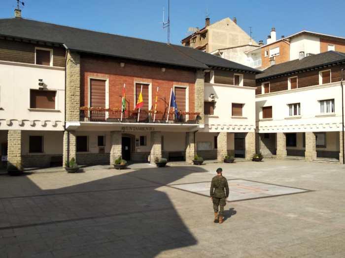 SABIÑÁNIGO. Las calles están desiertas (FOTO: RICZM Galicia 64)