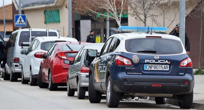 CORONAVIRUS. Controles de la Policía Nacional en Jaca, como consecuencia del coronavirus. (FOTO: Rebeca Ruiz)