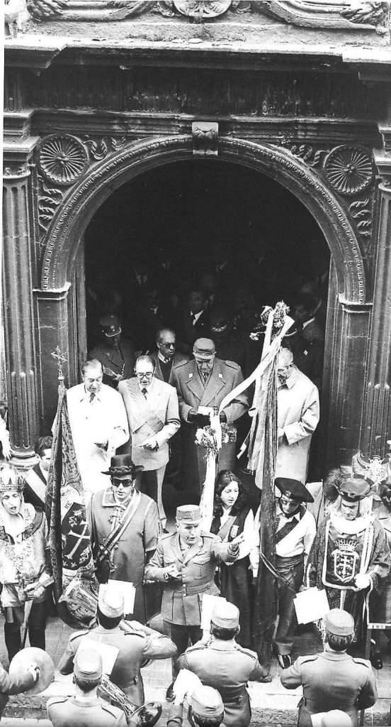 Del libro Primer Viernes de Mayo: la historia jacetana, de Pedro Juanín (2002).