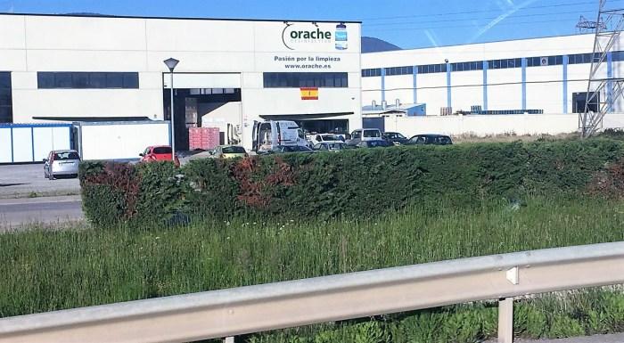 Fábrica de Orache en Sabiñánigo. (FOTO: Podemos)