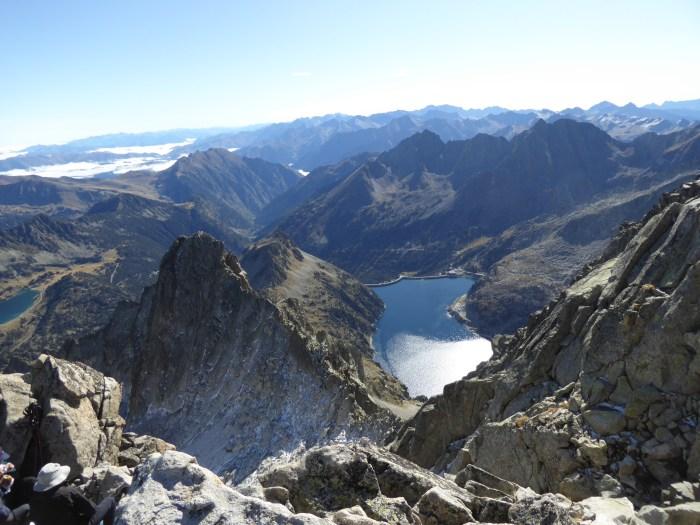RECOMENDACIONES. Mayencos ofrece consejos sobre las salidas a la montaña ante el Covid-19. (FOTO: Chema Tapia)