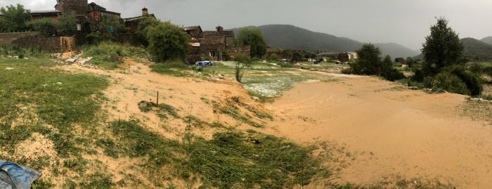 ARRASADOS POR EL AGUA. Daños causados por la tormenta en Botaya ( FOTO: Asociación de Vecinos de Botaya)