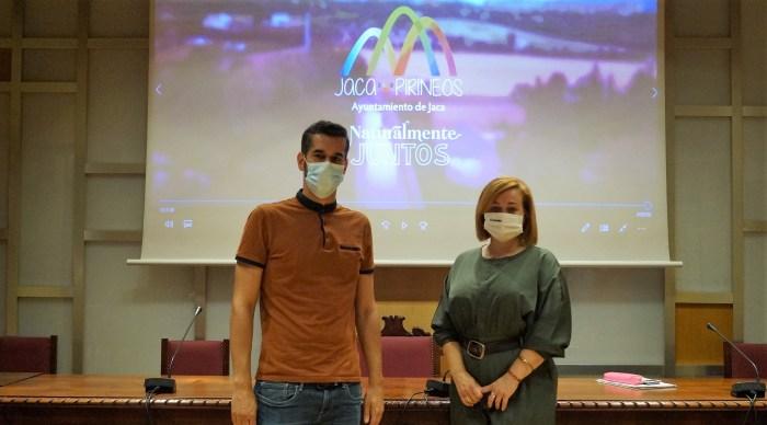 JACA PIRINEOS. Avellanas y Moratinos, durante la presentación de la nueva campaña. (FOTO: Rebeca Ruiz)