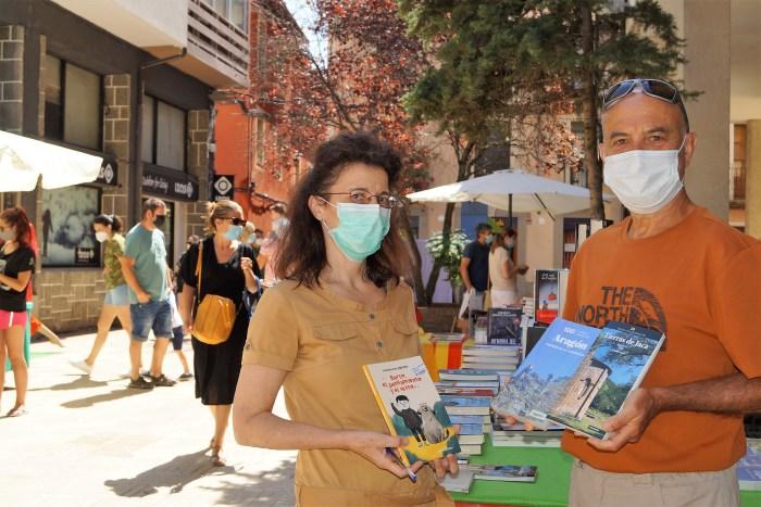 DÍA DEL LIBRO. Lourdes Aso y Chema Tapia. (FOTO: Rebeca Ruiz)