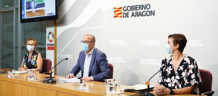 PRESENTACIÓN. Faci, Ferrer y Montagud, durante la rueda de prensa de la vuela al cole. (FOTO: Gobierno de Aragón/Luis Correas)