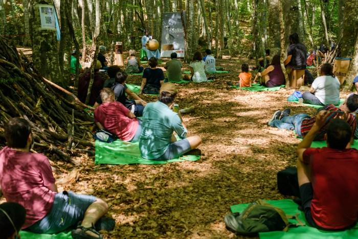 La seguridad ha sido fundamental para el buen desarrollo de la agenda cultural de la Diputación. En la imagen, el SoNna en el Bosque del Betato, en Piedrafita. (FOTO: DPH/Sergio Padura)
