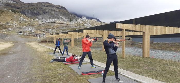 Curso para obtener la licencia de armas para competir en el Stadium Spainsnow de Biathlon de Candanchú.