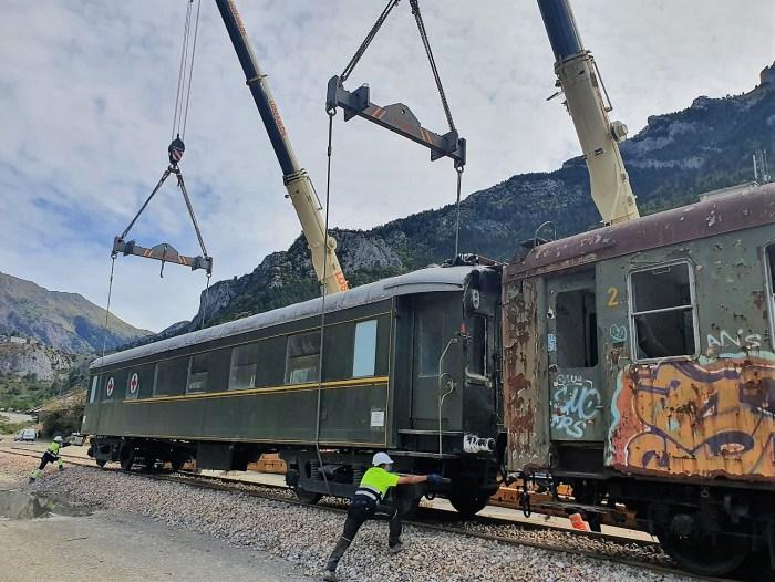 Traslado de vagones en Canfranc. (FOTO: Gobierno de Aragón)
