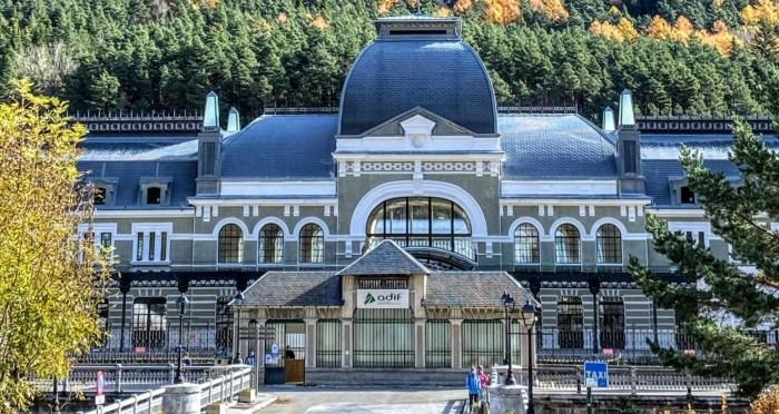 Nuevo impulso al desarrollo de la estación de Canfranc y a la reapertura de la línea internacional. (FOTO: Ana López Artillo)