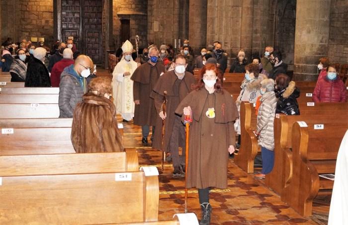 Un momento de la ceremonia de apertura del Año Santo Compostelano en Jaca, en la que participaron los Amigos del Camino de Santiago. (FOTO: Rebeca Ruiz)