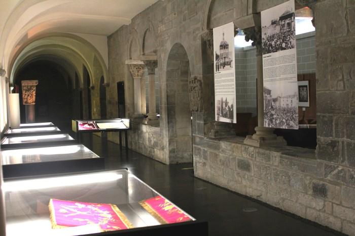 Los mantos de Santa Orosia se exponen en el Museo Diocesano de Jaca. (FOTO: MDJ)