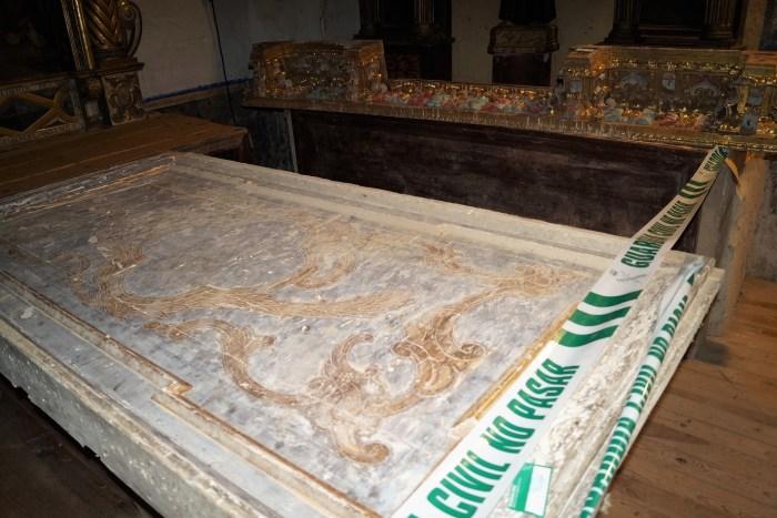 El Juzgado de Jaca archiva el caso del cura de Villarreal de la Canal y el retablo de La Esperanza. En las imágenes, parte de las piezas, custodiadas en la Iglesia del Salvador. (FOTO: Rebeca Ruiz)