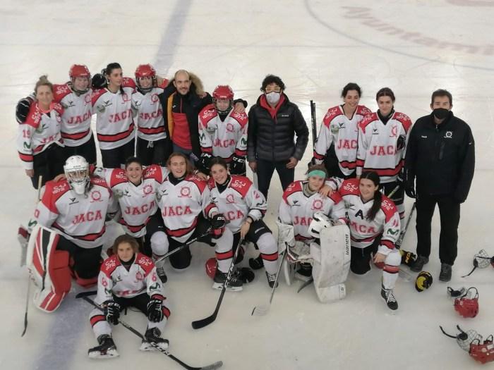 Las chicas del CHJ, en cuartos de final de la Copa de la Reina de hockey tras vencer al Milenio. (FOTO: CHJ)