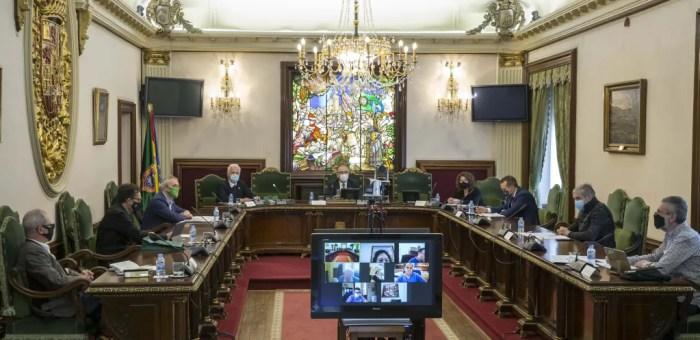 Los municipios del Camino de Santiago analizan en Pamplona la vuelta al peregrinaje. FOTO: AMCS