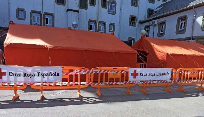 Cruz Roja instala en Jaca dos carpas para facilitar la vacunación contra el COVID. (FOTO: Cruz Roja)