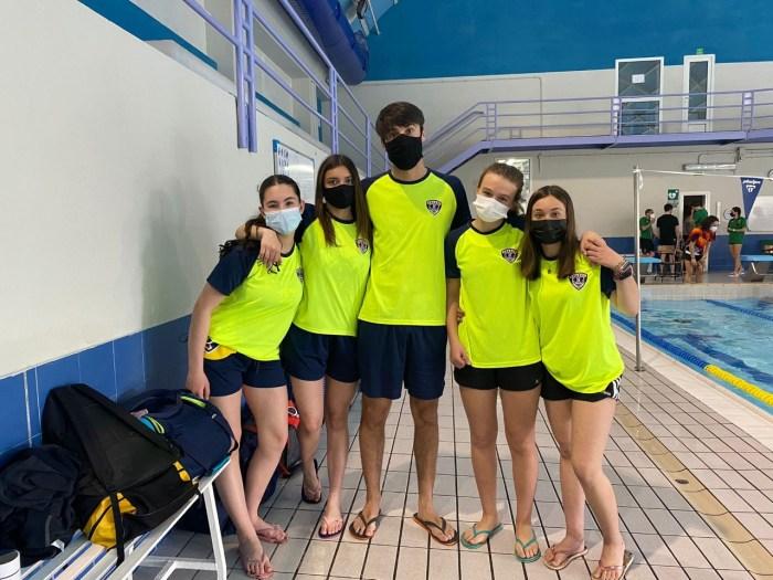 Buen papel de los deportistas del Club Natación Jaca en sus distintas competiciones