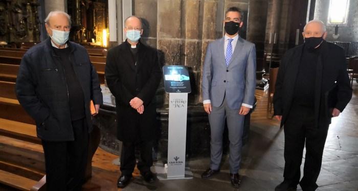 Caja Rural de Aragón instala un cepillo digital en la Catedral de San Pedro de Jaca