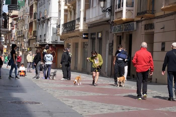Reconocimiento público del buen comportamiento de los jaqueses durante el Primer Viernes de Mayo. Un momento de la jornada. (FOTO: Rebeca Ruiz)